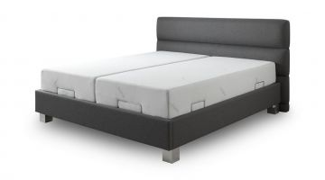 bed met matrasremmen